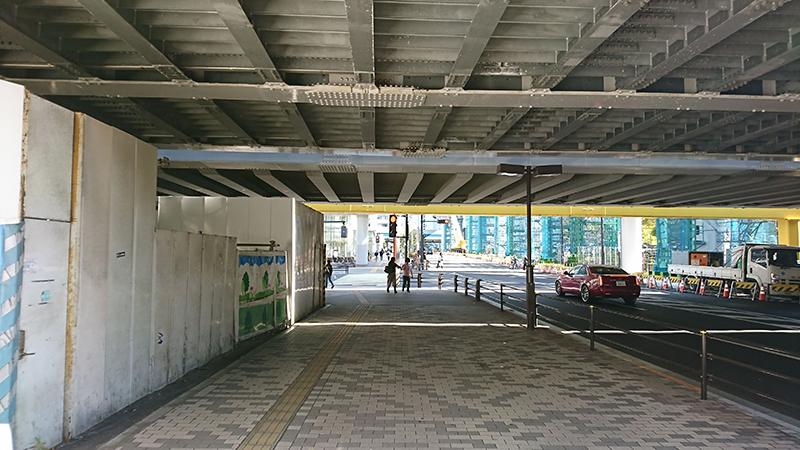 浜松町駅からニューピアホールへの行き方2