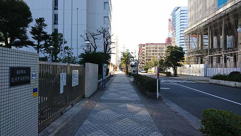 浜松町駅からニューピアホールへの行き方4