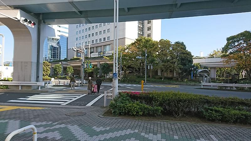浜松町駅からニューピアホールへの行き方5